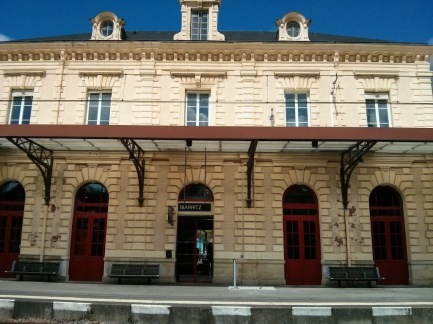 Biarritz train station.jpg